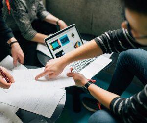 Wsparcie analityczne i pomoc analityka przy podejmowaniu decyzji zarządczych